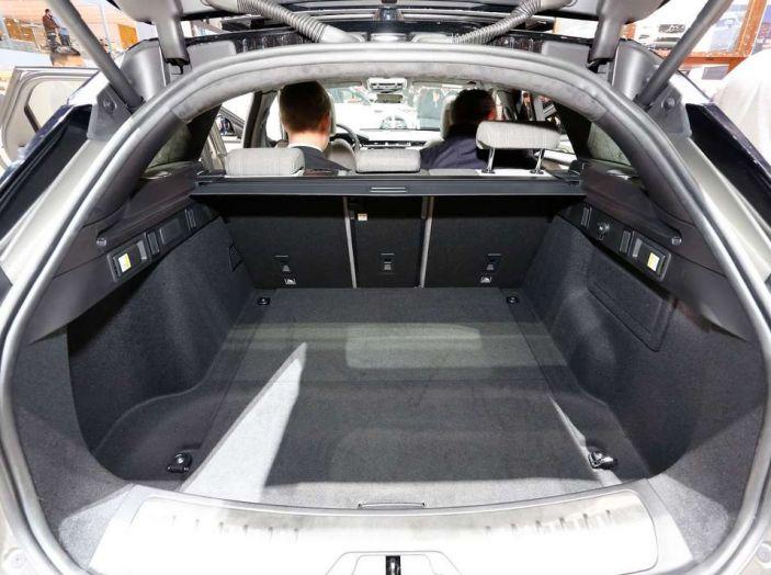 Range Rover Velar, il nuovo SUV di Land Rover - Foto 13 di 26