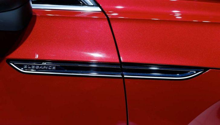 Volkswagen Arteon, la fastback che arriva da Wolfsburg - Foto 28 di 37