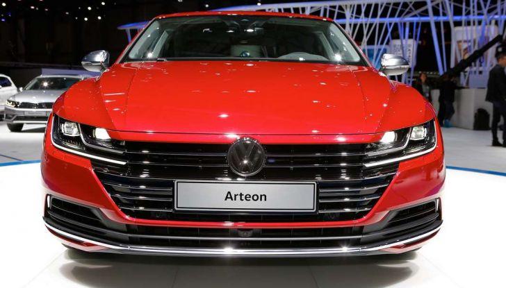 Volkswagen Arteon, la fastback che arriva da Wolfsburg - Foto 30 di 37