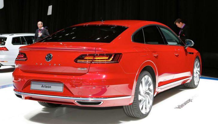 Volkswagen Arteon, la fastback che arriva da Wolfsburg - Foto 34 di 37