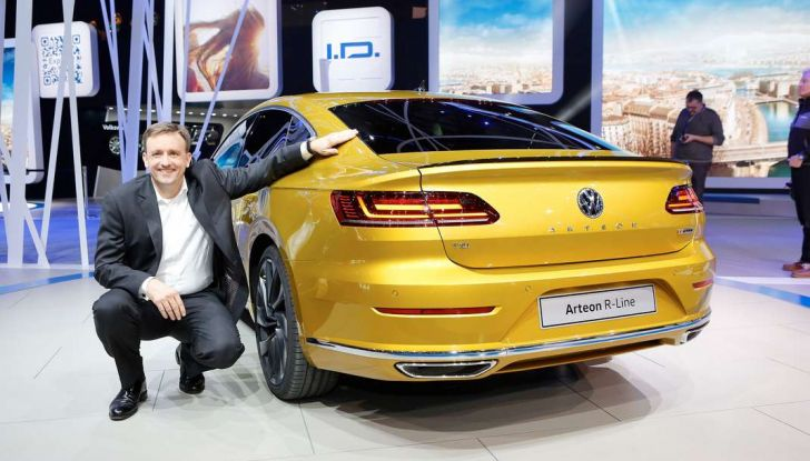 Volkswagen Arteon, la fastback che arriva da Wolfsburg - Foto 15 di 37