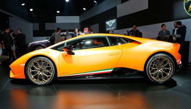 Lamborghini Huracan Performante - Foto 2 di 14