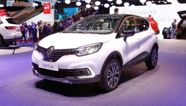 Nuova Renault Captur, il restyling debutta a Ginevra - Foto 3 di 11