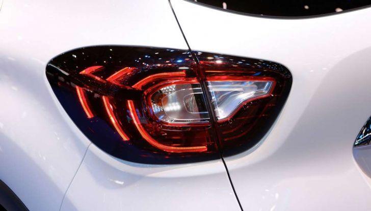 Nuova Renault Captur, il restyling debutta a Ginevra - Foto 5 di 11
