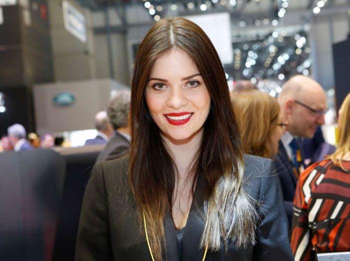 Salone di Ginevra 2017: le ragazze più belle in una gallery - Foto 13 di 21