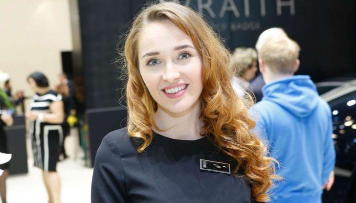 Salone di Ginevra 2017: le ragazze più belle in una gallery - Foto 15 di 21