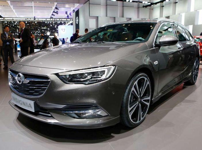 Nuova Opel Insignia Grand Sport 2017 informazioni, motori e allestimenti