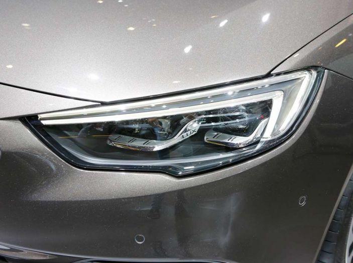 Nuova Opel Insignia Grand Sport 2017 informazioni, motori e allestimenti - Foto 9 di 11
