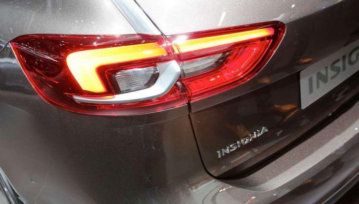 Nuova Opel Insignia Grand Sport 2017 informazioni, motori e allestimenti - Foto 11 di 11