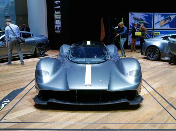 Aston Martin Valkyrie - Foto 4 di 12