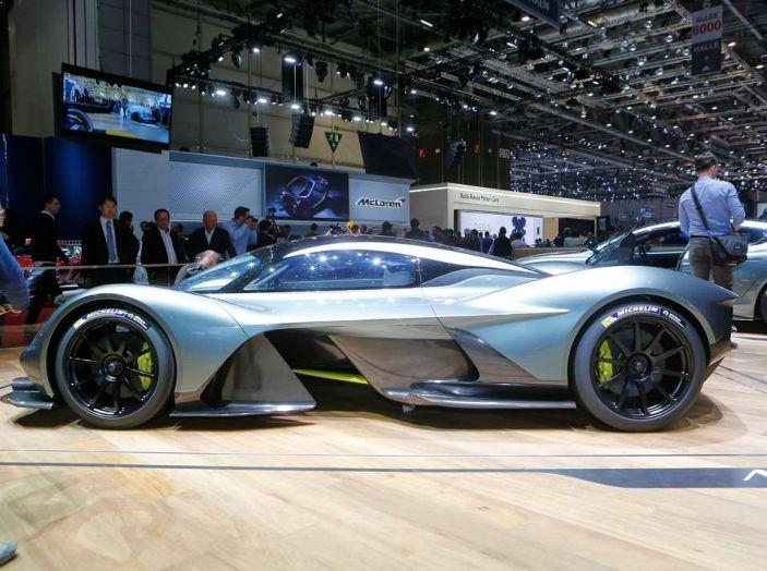 Aston Martin Valkyrie - Foto 2 di 12