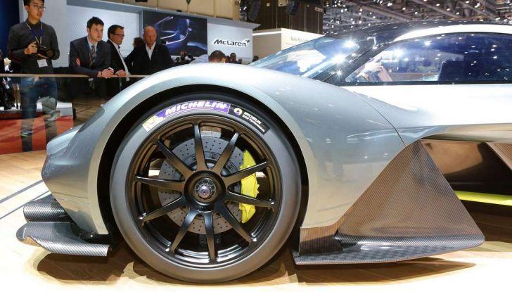 Aston Martin Valkyrie - Foto 6 di 12