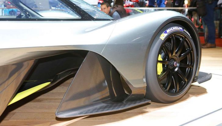 Aston Martin Valkyrie - Foto 12 di 12