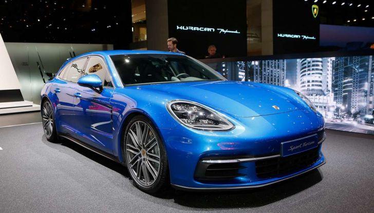 Porsche Panamera Sport Turismo, velocità d'elite - Foto 1 di 9