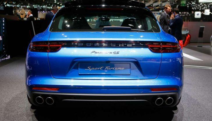 Porsche Panamera Sport Turismo, velocità d'elite - Foto 7 di 9