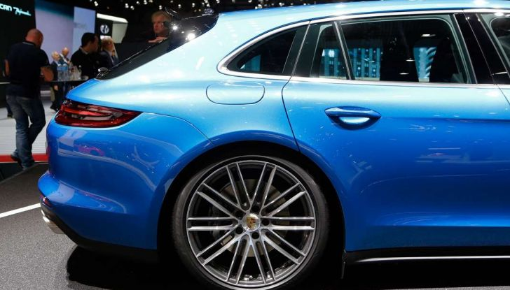 Porsche Panamera Sport Turismo, velocità d'elite - Foto 8 di 9