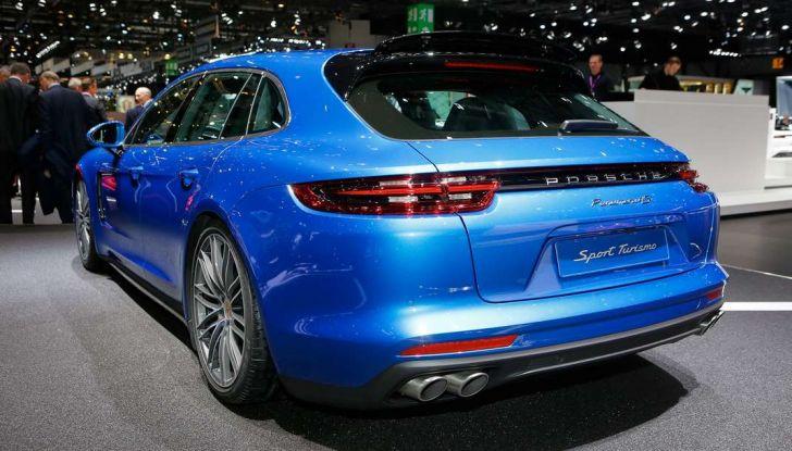 Porsche Panamera Sport Turismo, velocità d'elite - Foto 3 di 9