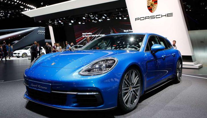 Porsche Panamera Sport Turismo, velocità d'elite - Foto 9 di 9