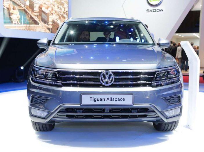 Volkswagen Tiguan Allspace: 4Motion, sette posti e DSG - Foto 3 di 13