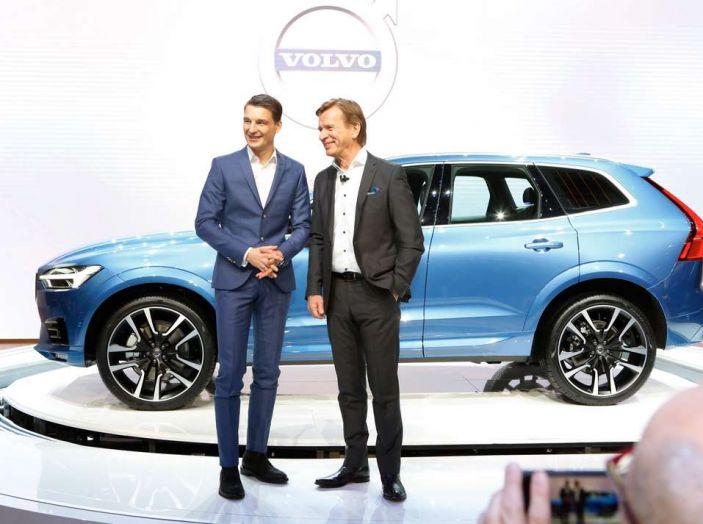 Nuova Volvo XC60 2017: Il martello di Thor - Foto 13 di 22
