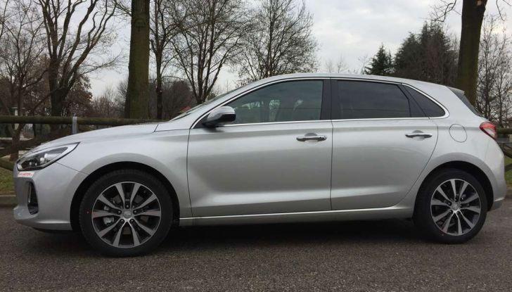 Nuova Hyundai i30, la prova su strada del T-GDI da 140CV - Foto 8 di 22