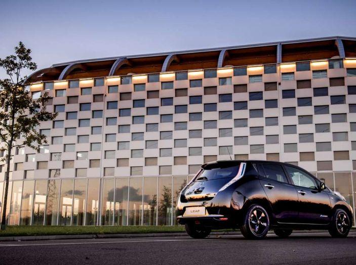 Nuova Nissan LEAF Black Edition, al via le vendite - Foto 2 di 4