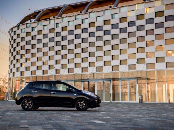Nuova Nissan LEAF Black Edition, al via le vendite - Foto 4 di 4