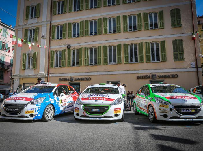 Luca Bottarelli in testa al Peugeot Competition TOP 208 - Foto 6 di 6
