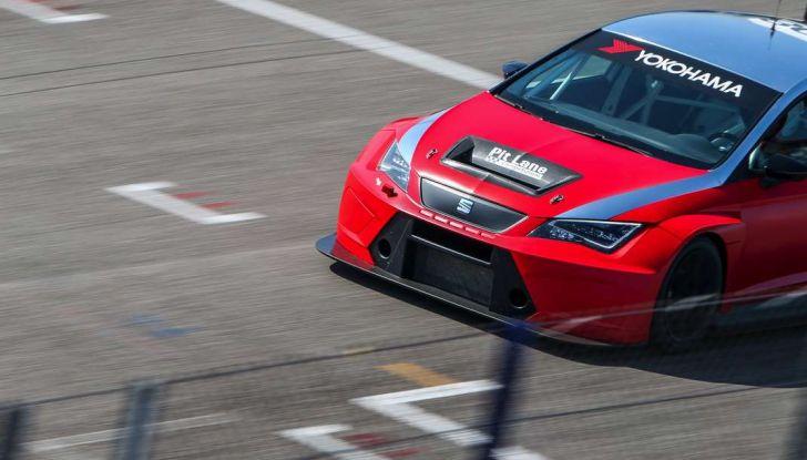 Seat Leon Cupra ST provata in pista a Franciacorta - Foto 31 di 57