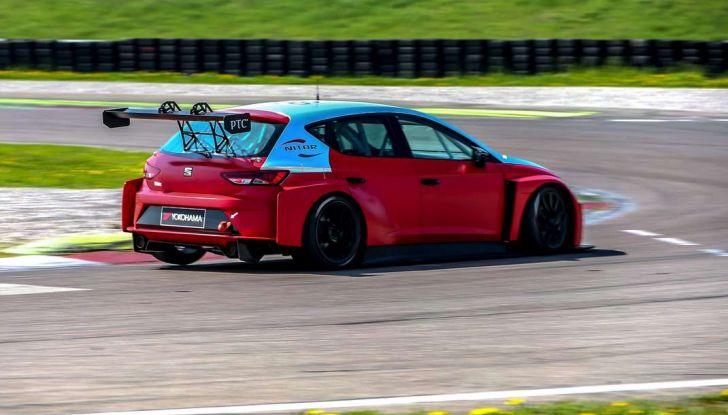 Seat Leon Cupra ST provata in pista a Franciacorta - Foto 8 di 57