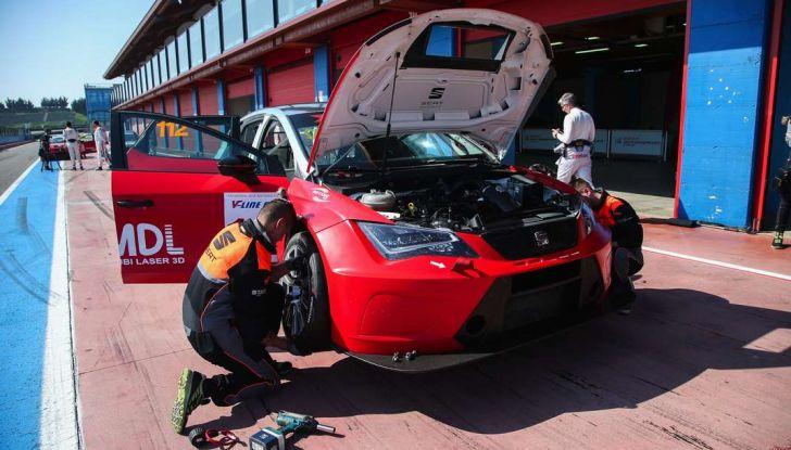 Seat Leon Cupra ST provata in pista a Franciacorta - Foto 3 di 57