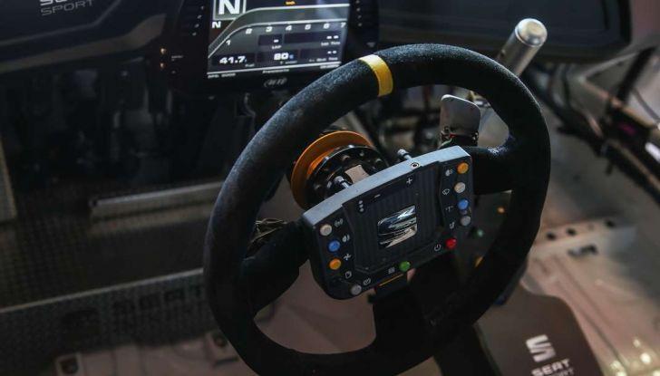 Seat Leon Cupra ST provata in pista a Franciacorta - Foto 4 di 57