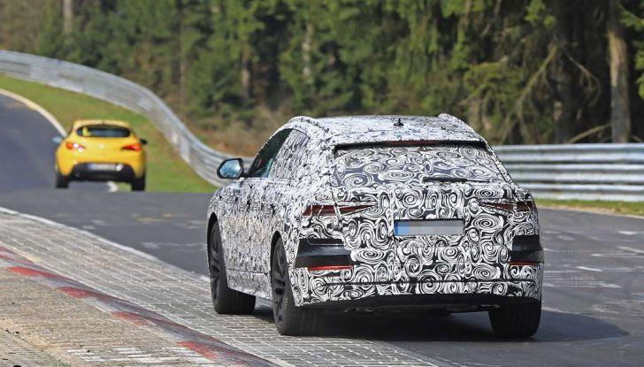 Audi Q8: i test drive del SUV proseguono al Nurburgring - Foto 2 di 8