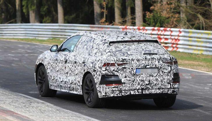 Audi Q8: i test drive del SUV proseguono al Nurburgring - Foto 8 di 8