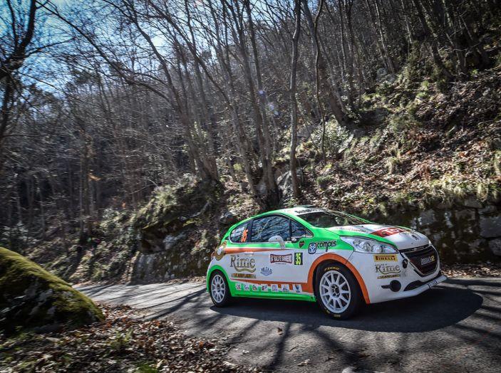 Luca Bottarelli in testa al Peugeot Competition TOP 208 - Foto 5 di 6