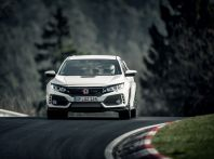 Honda Civic Type R 2017, record di categoria al Nurburgring in 7:43.8