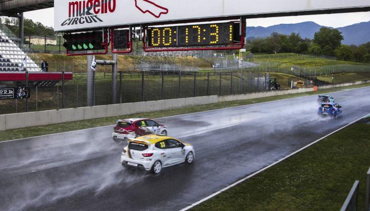 Renault Clio Cup 2018, dopo la vittoria 2017 Infomotori torna in pista alla Press League - Foto 23 di 32