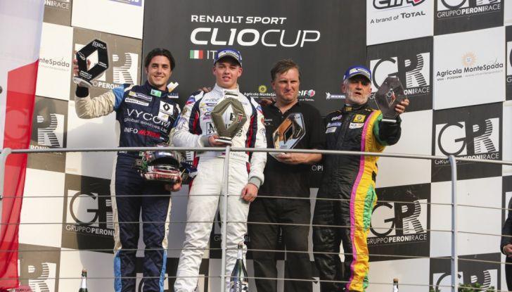 Renault Clio Cup 2018, dopo la vittoria 2017 Infomotori torna in pista alla Press League - Foto 17 di 32