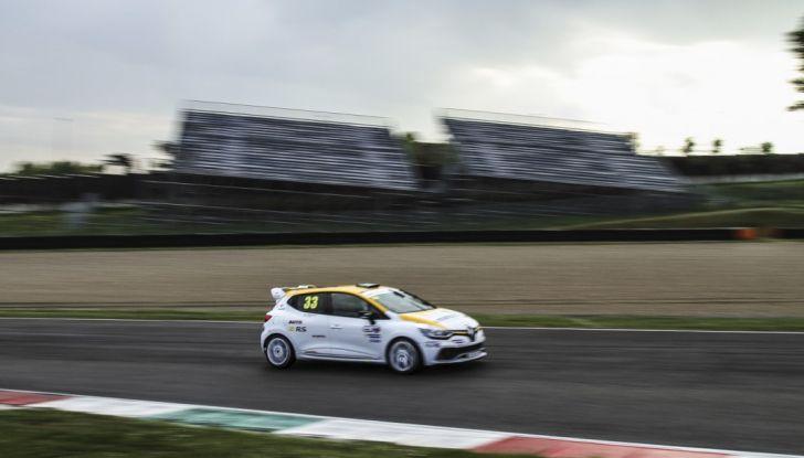 Renault Clio Cup 2018, dopo la vittoria 2017 Infomotori torna in pista alla Press League - Foto 21 di 32