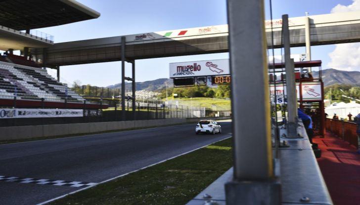 Clio Cup Italia Press League: Infomotori sul secondo gradino del podio! - Foto 48 di 48