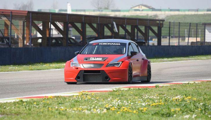Seat Leon Cupra ST provata in pista a Franciacorta - Foto 55 di 57