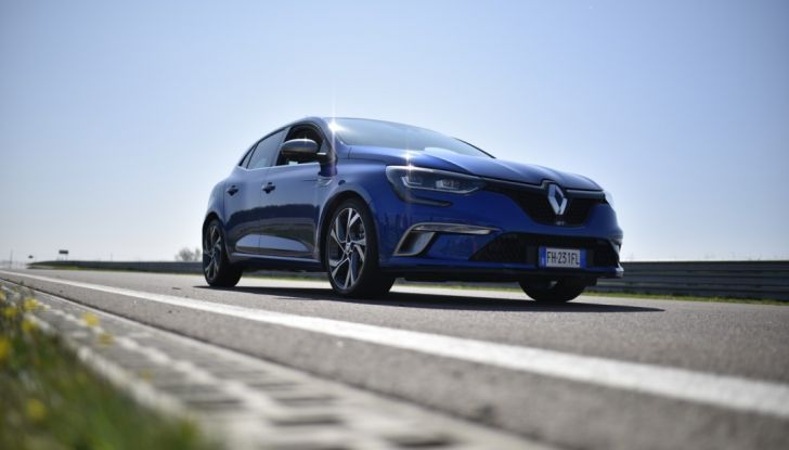 Test della gamma Renault Sport in pista a Modena - Foto 10 di 29