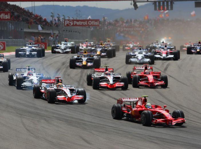 Orari F1, Gran Premio della Cina 2017 in diretta SKY e differita RAI - Foto 2 di 6