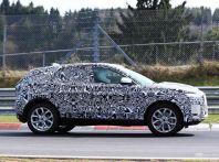Jaguar E-Pace 2018, prime immagini spia dei test dinamici