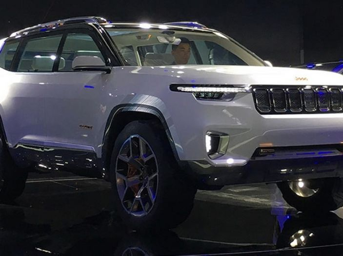 Jeep Yuntu Concept, il SUV Ibrido che porterà il Plug-in a Fiat - Foto 2 di 22