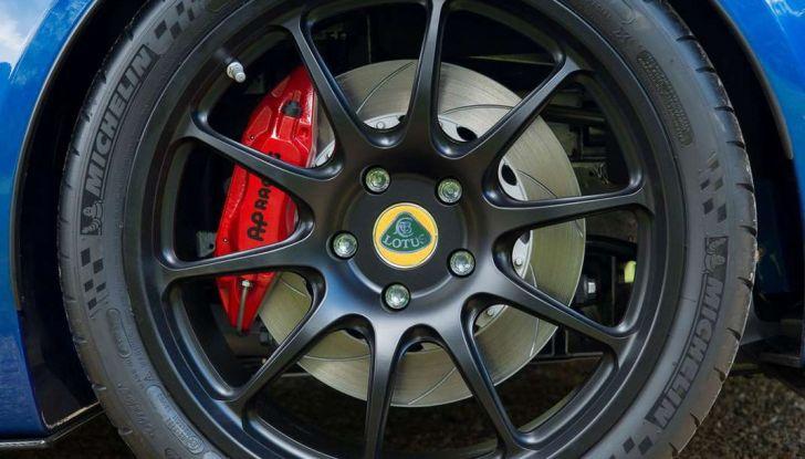 Lotus Exige Cup 380, stradale  da corsa in edizione limitata - Foto 9 di 12