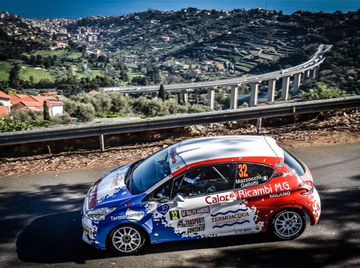Luca Bottarelli in testa al Peugeot Competition TOP 208 - Foto 2 di 6
