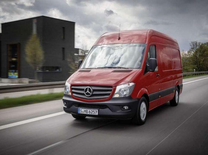 Nuovo Mercedes-Benz Sprinter: più efficienza, sicurezza e comfort - Foto 1 di 8