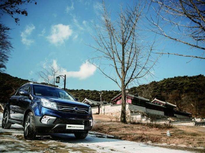 SsangYong Korando restyling, il SUV aggiornato con prezzi da 17.950 euro - Foto 7 di 11