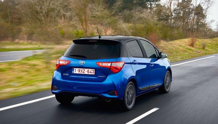 Nuova Toyota Yaris Hybrid 2017: prova su strada, consumi e prestazioni - Foto 8 di 25